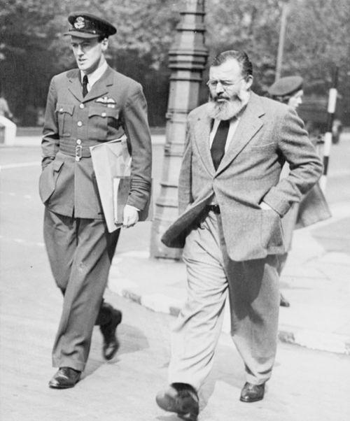 Ernest Hemingway-Roald Dahl