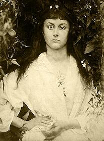 Alice_Liddell_Young_Woman