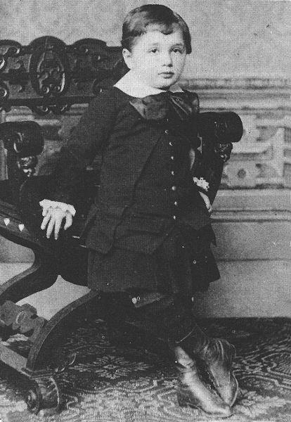 Einstein_Childhood