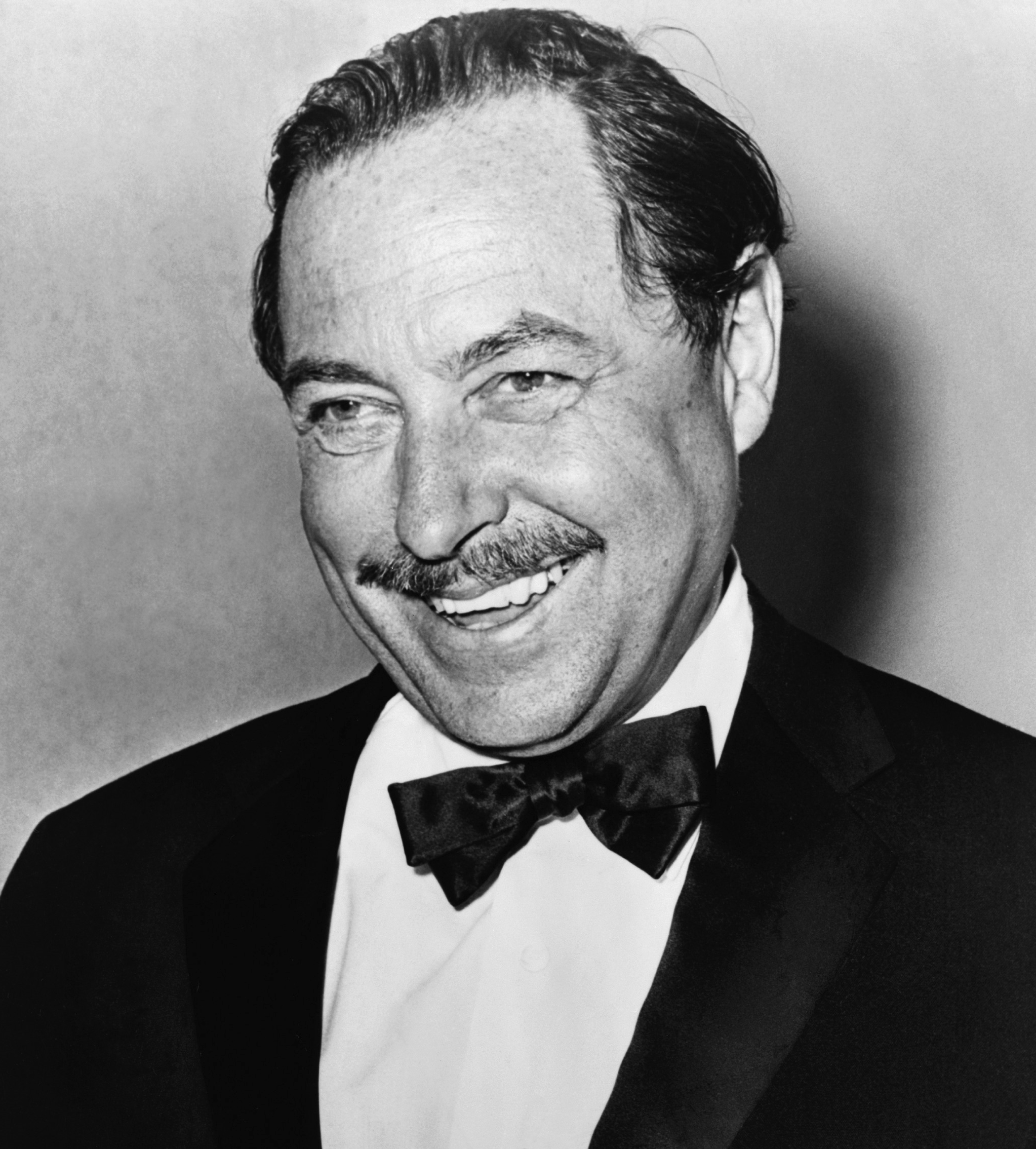 Caging the Cat on a Hot Tin Roof: Tennessee Williams