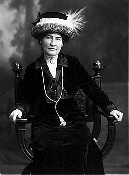 Willa Cather.