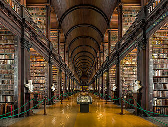 636px-Long_Room_Interior_Trinity_College_Dublin_Ireland_-_Diliff.jpg