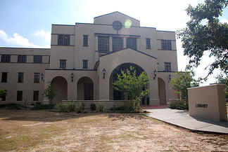 University_of_Southern_Mississippi_Gulf_Park_Campus_Library_PD
