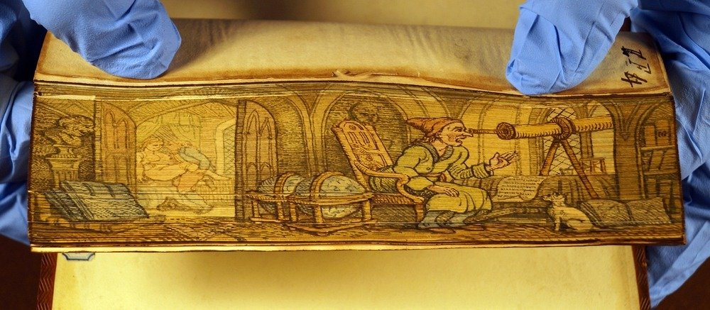 fore-edge-painting-26