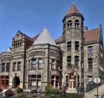 Carnegie_library_braddock